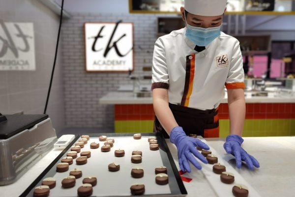 B1_Week 4_Display Chocolate Praline (1)