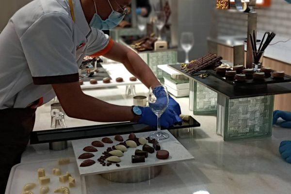 B1_Week 4_Display Chocolate Praline (14)